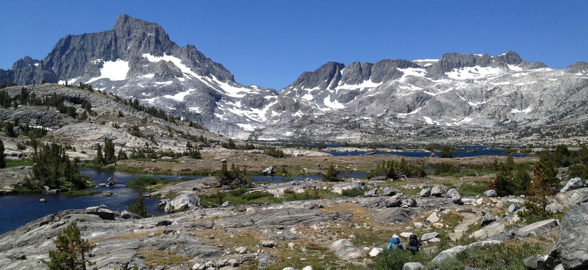 Header-A-Mammoth-Lakes-Mountain-Lake_1960x900
